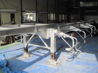 大型トレーラー 荷台塗装